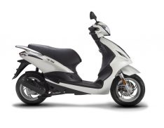 FLY-50-4T-PIAGGIO-SCOOTER-BLANC-2