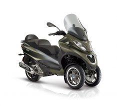 MP3-500-Sport-verde-opaco-my17